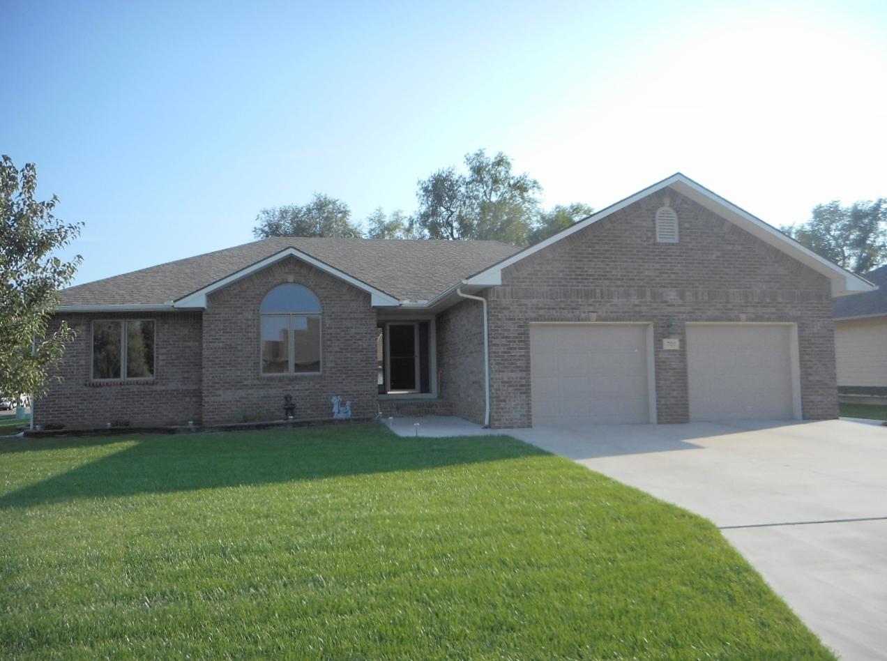 701 W 31st Ave, Hutchinson, Kansas 67502