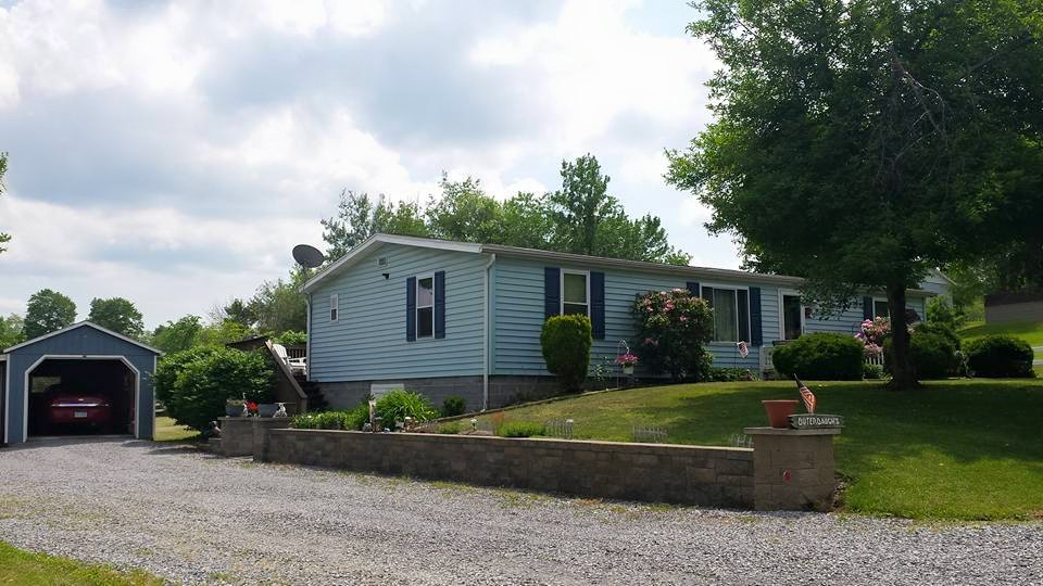 166 Wolfe Lane, New Paris, Pennsylvania 15554