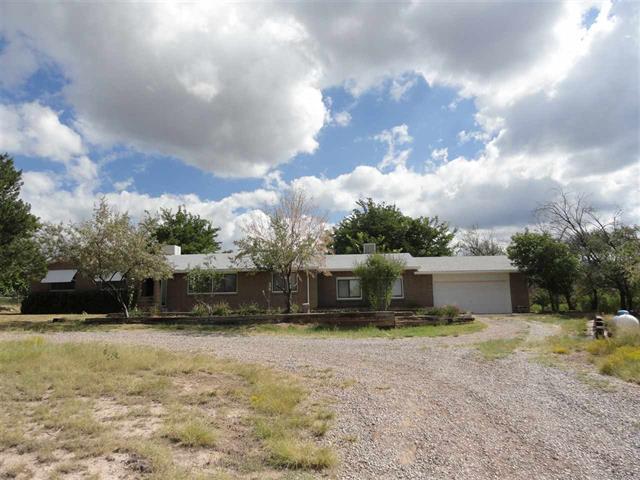 471 Laborcita Lanyon RD, La Luz, New Mexico 88337