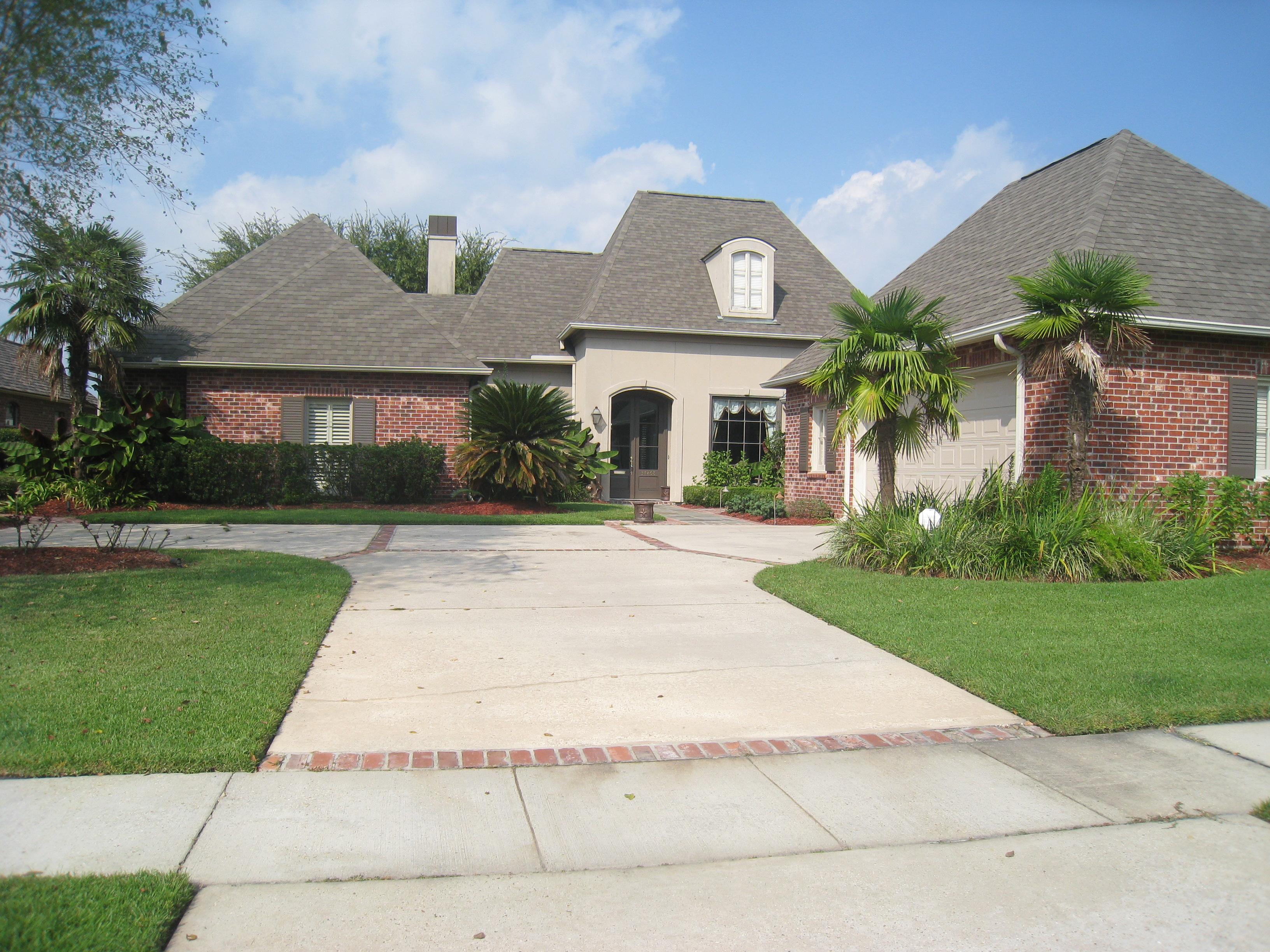 37268 Lakeshore Ave, Prairieville, Louisiana 70769