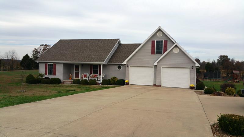 2605 Yarbrough Hill Road, Nebo, Kentucky 42441