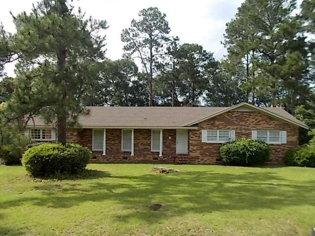 511 BRIARWOOD DR, Douglas, Georgia 31533
