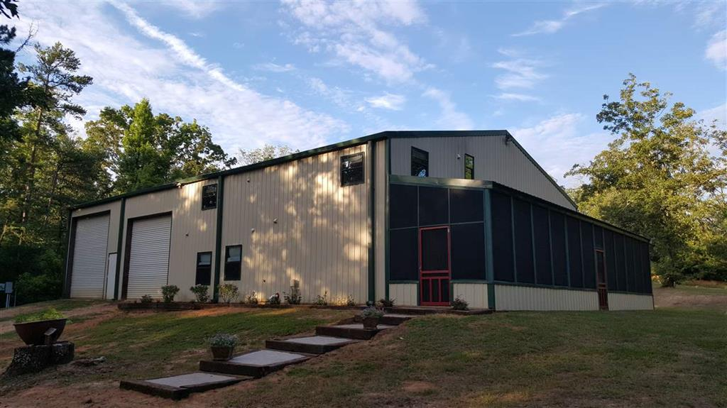 8214 Pin Oak, Big Sandy, Texas 75755