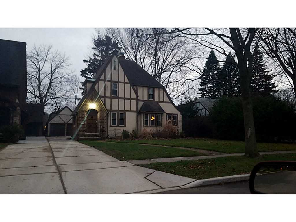 3333 Darlington Rd., Ottawa Hills, Ohio 43606