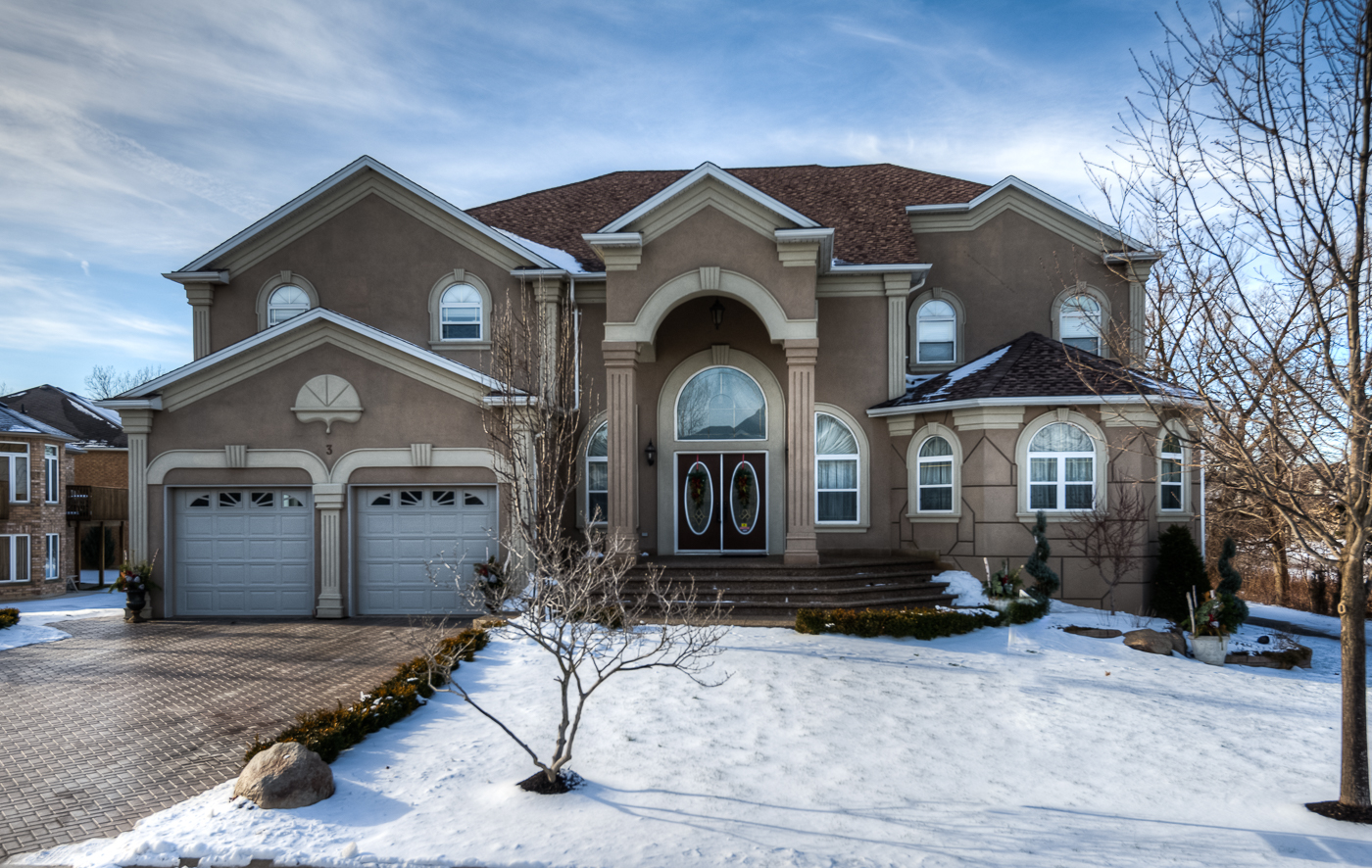 3 Maple Manor Ct., Kitchener, CAN N2P2M1