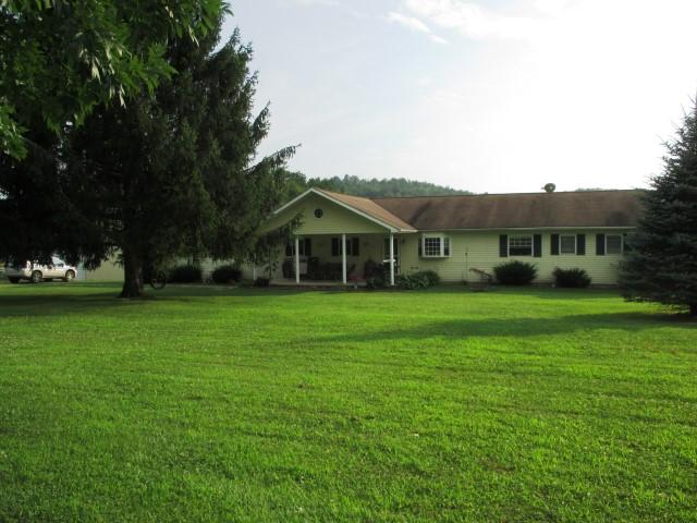 683 Swamp Run Rd, Buckhannon, West Virginia 26201