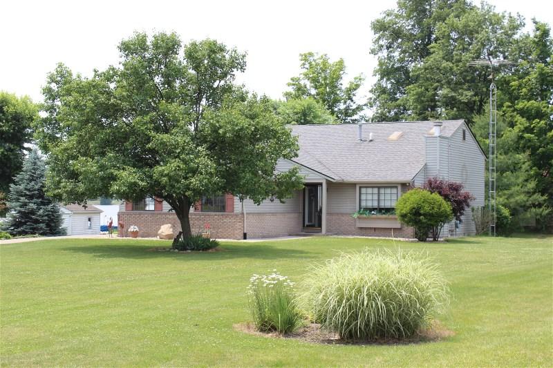 889 SE Santee Dr., Greensburg, Indiana 47240