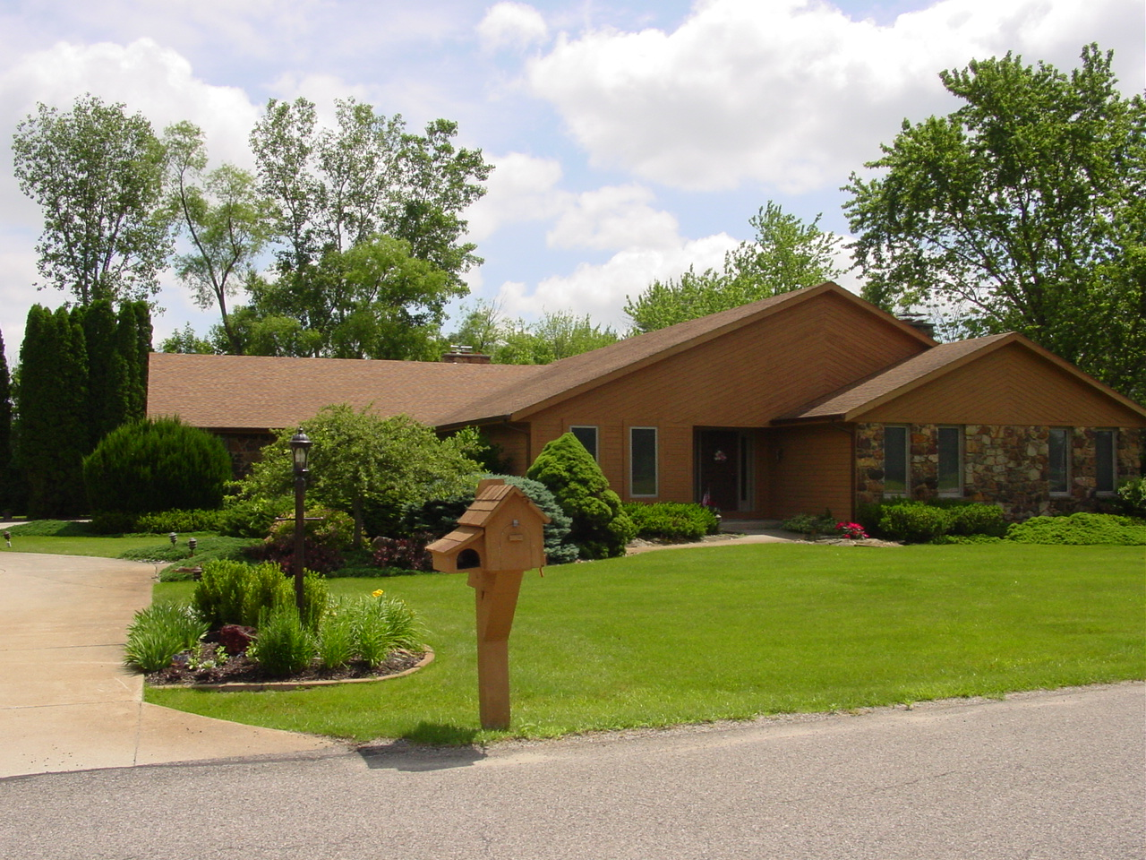 116 Country Club Road, Bryan, Ohio 43506