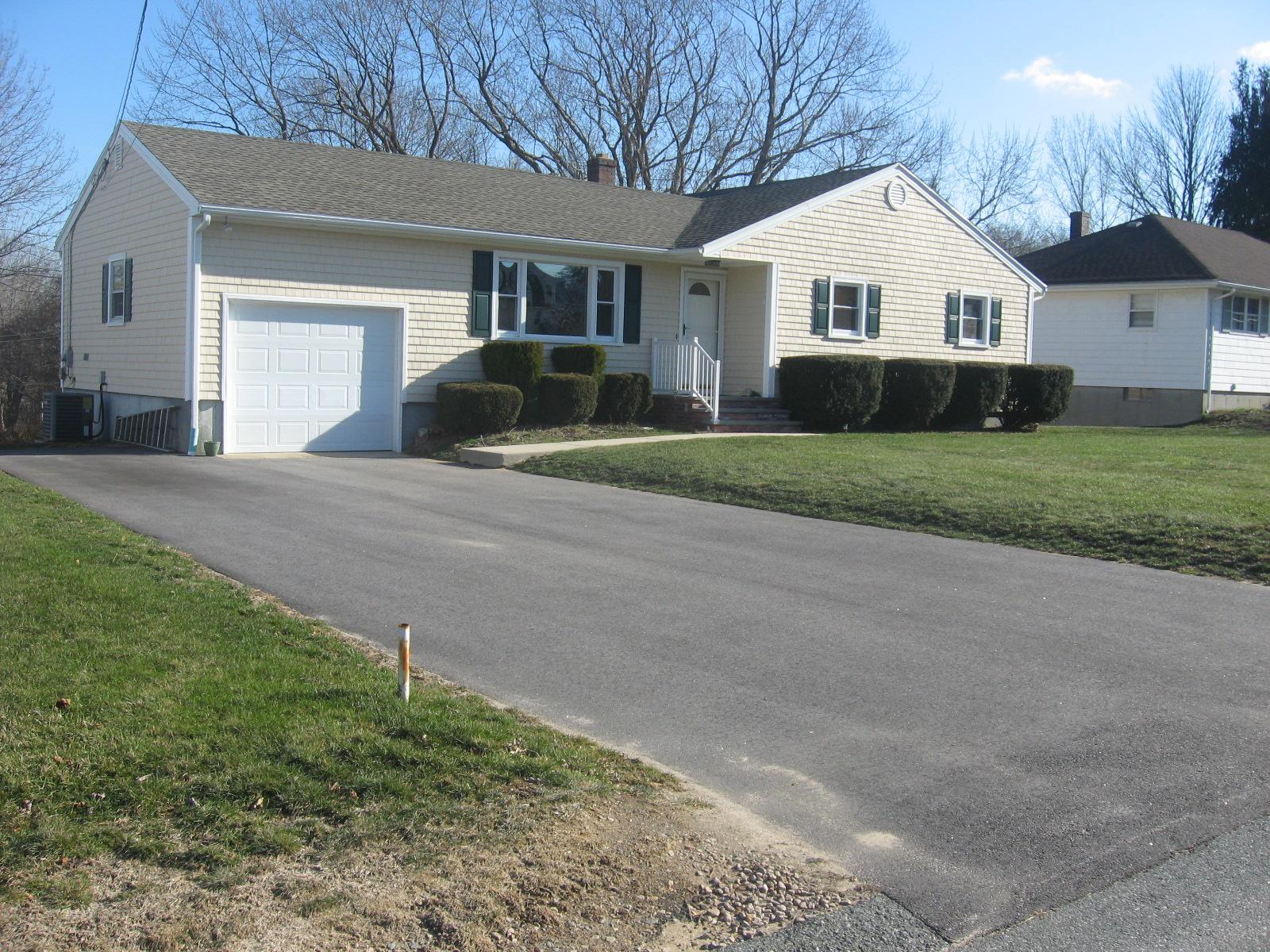 16 Nutmeg Drive, Westerly, Rhode Island 02891