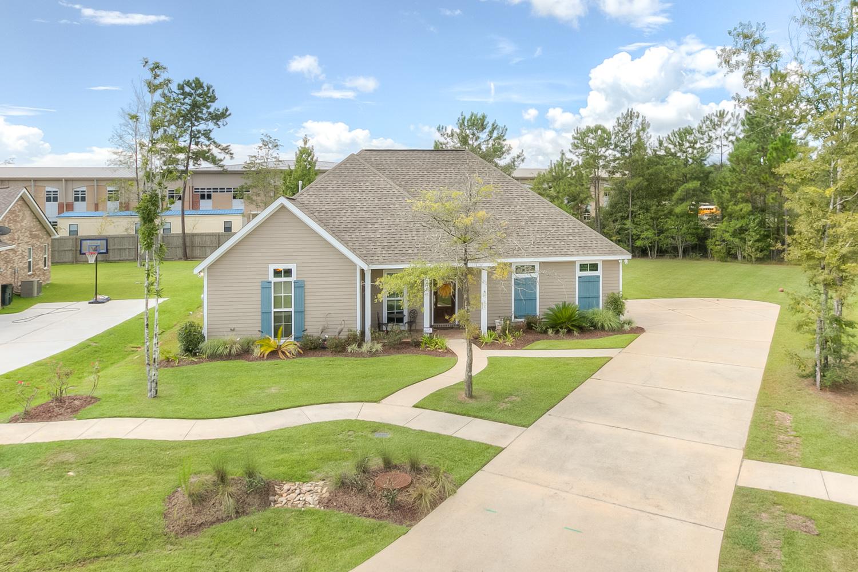 173 Pine Creek Drive, Madisonville, Louisiana 70447
