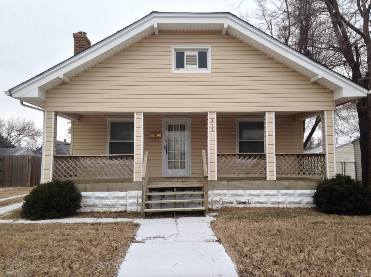 311 W 13th Ave, Hutchinson, Kansas 67501