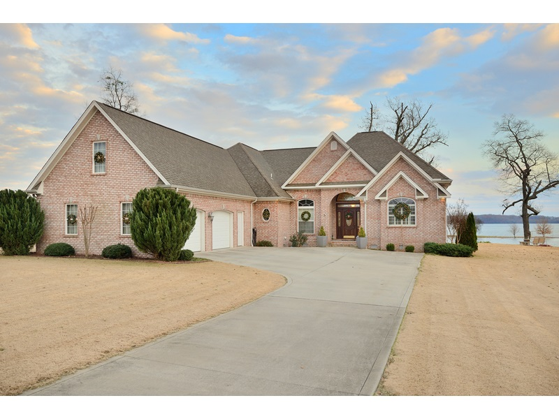 92 POINTE DR, Killen, Alabama 35645