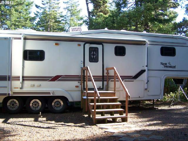 20 Sand Dollar Dr, Florence, Oregon 97439