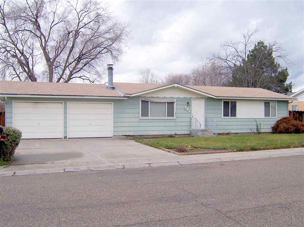 587 NW 16th St, Ontario, Oregon 97914