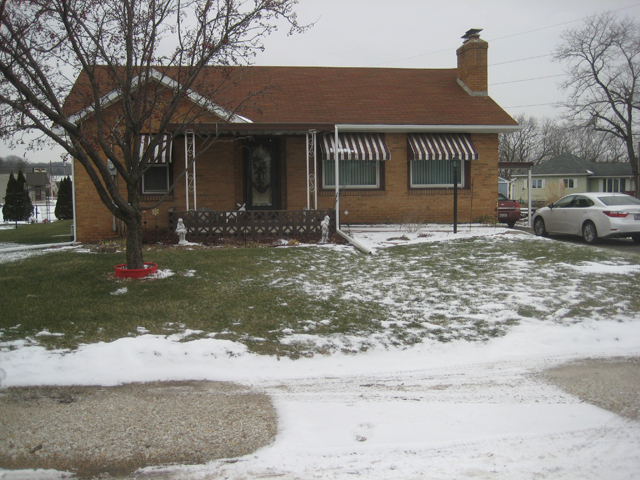 2619 E. 494th Rd., Oglesby, Illinois 61348