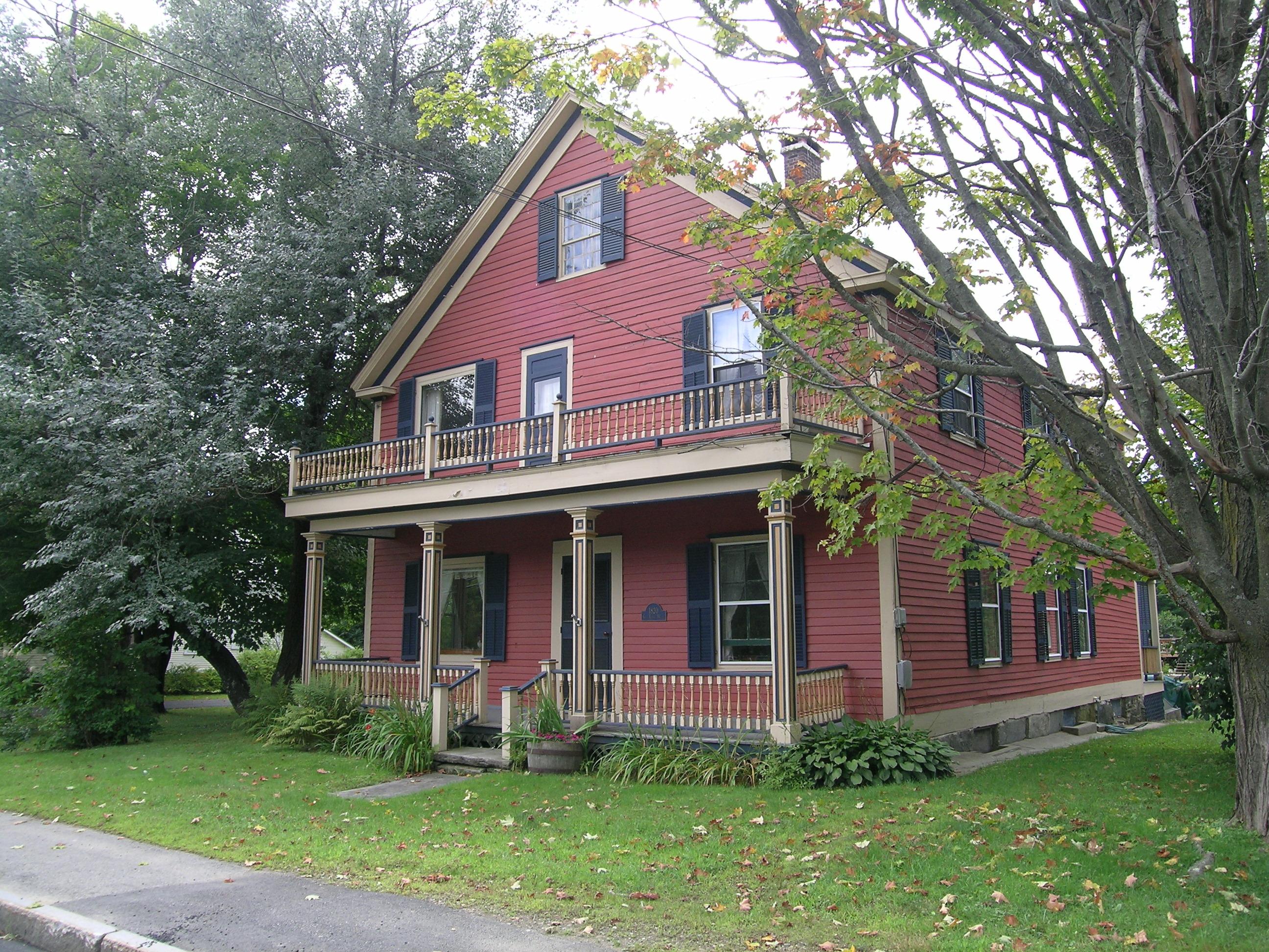 81 Main St, Chester, Vermont 05143