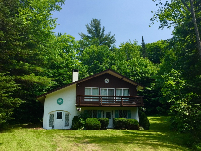 480 Magic Mountain Circle, Londonderry, Vermont 05148