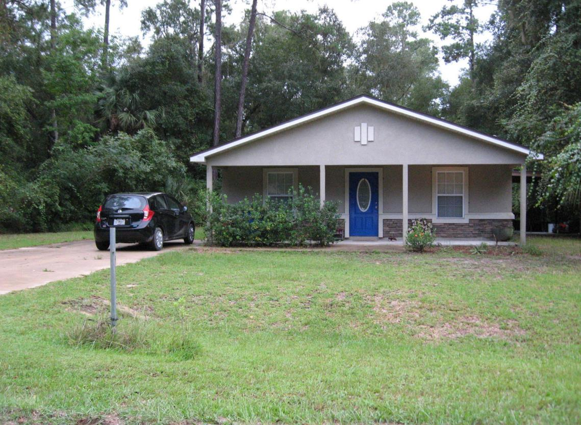 105 Woodcrest Ave, Satsuma, Florida 32189