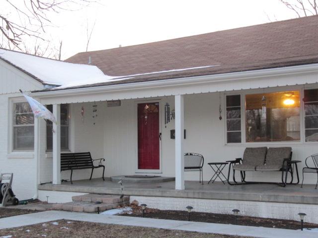 27 Lazy Ln, Hutchinson, Kansas 67502