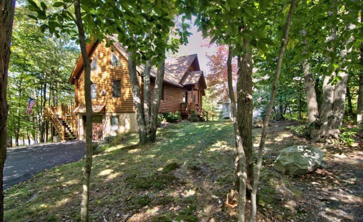 81 Lakeview Timbers Drive, Gouldsboro, Pennsylvania 18424
