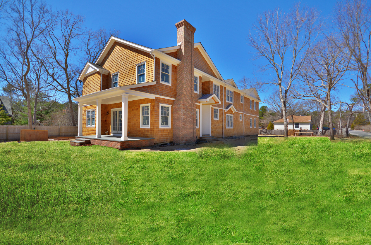 325 Montauk Highway, East Quogue, New York 11942