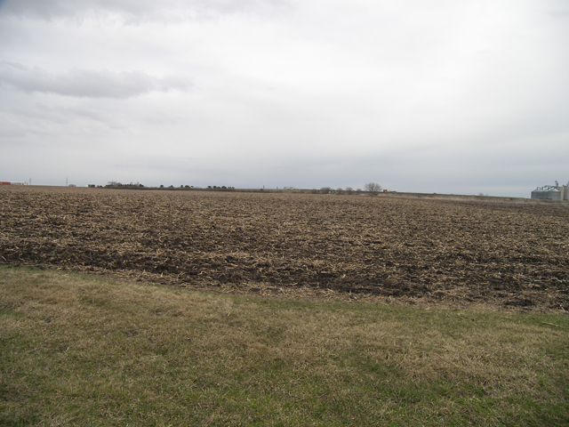 4390 E. 5th Rd., Mendota, Illinois 61342