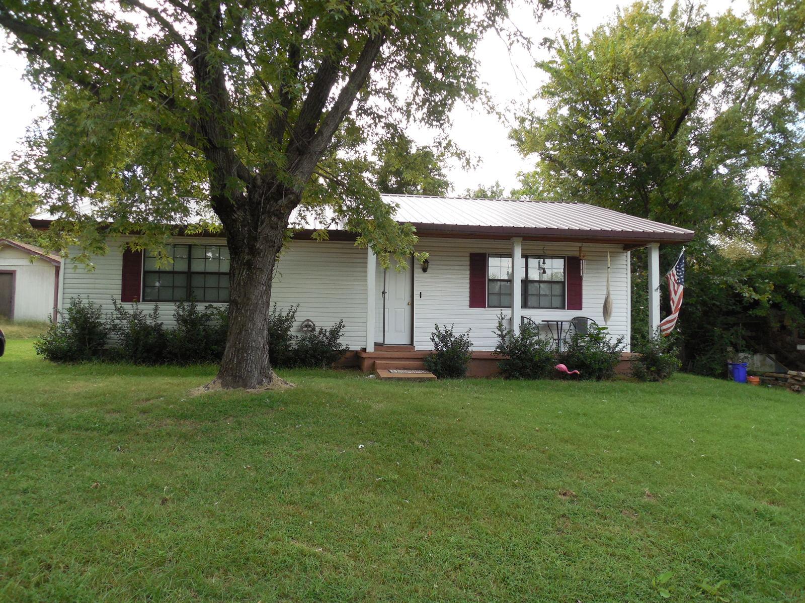 113 McLoud Ave., Arkoma, Oklahoma 74901
