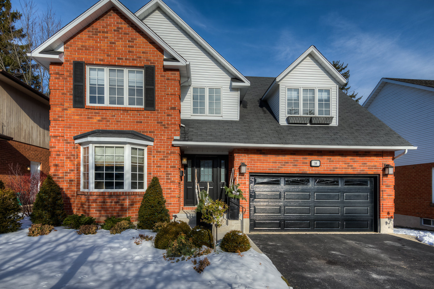 16 Mill View St., Kitchener, CAN N2P1T5