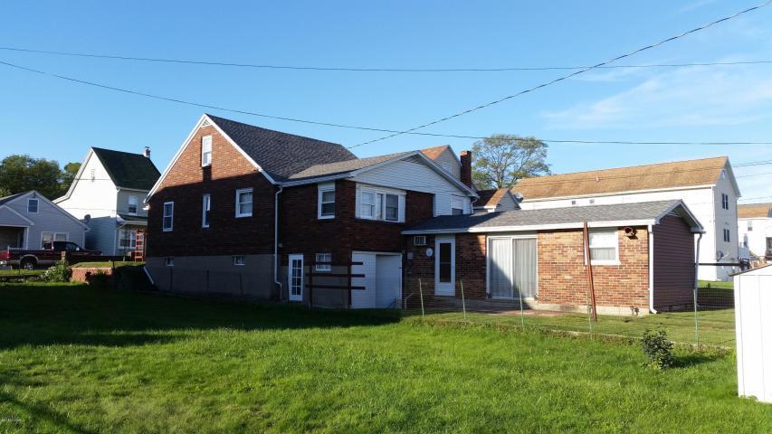 1041 Pine St., Kulpmont, Pennsylvania 17834
