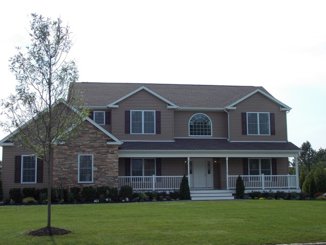 84 Cobblestone Dr, Shoreham, New York 11786