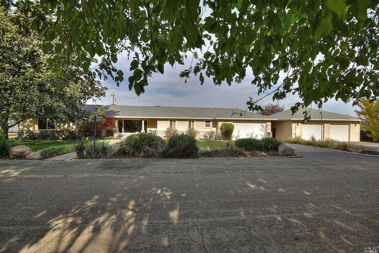 6705 Hess Lane, Dixon, California 95620