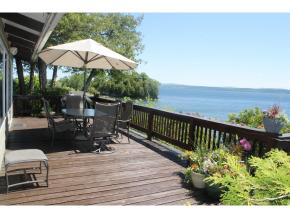 18 Long Meadow East, Grand Isle, Vermont 05458