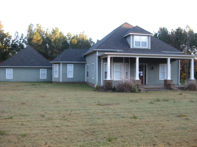 77 County Road 411, Oxford, Mississippi 38655