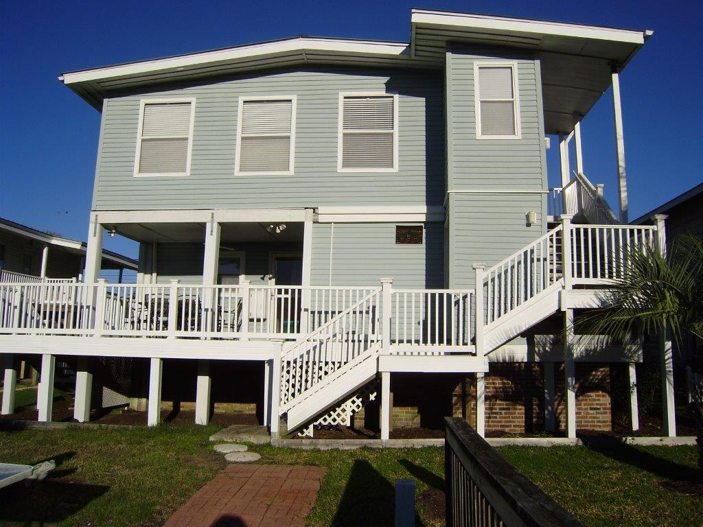 305 43rd Avenue North, North Myrtle Beach, South Carolina 29582