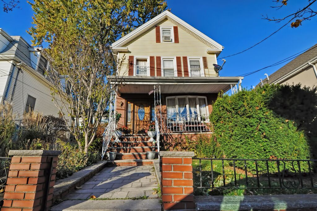 9 Berkeley Street, Somerville, Massachusetts 02143