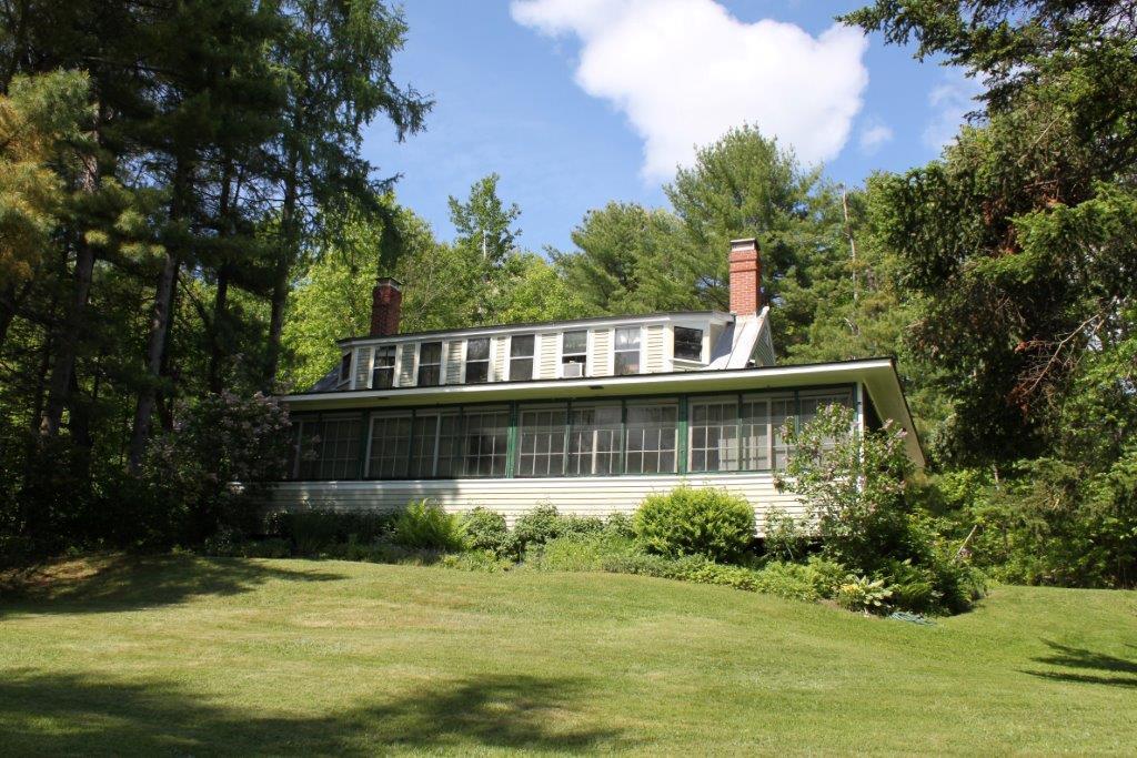 39 Ripley Road, Pittston, Maine 04345
