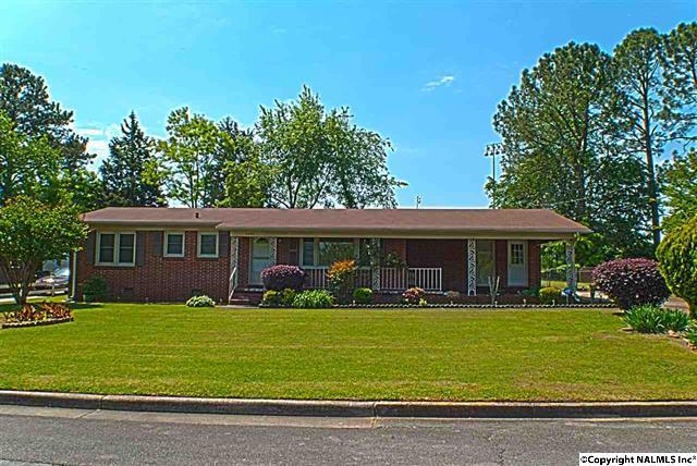 2407 Esther Avenue, Huntsville, Alabama 35810