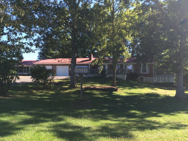 1865 Dry Road, Wytheville, Virginia 24382
