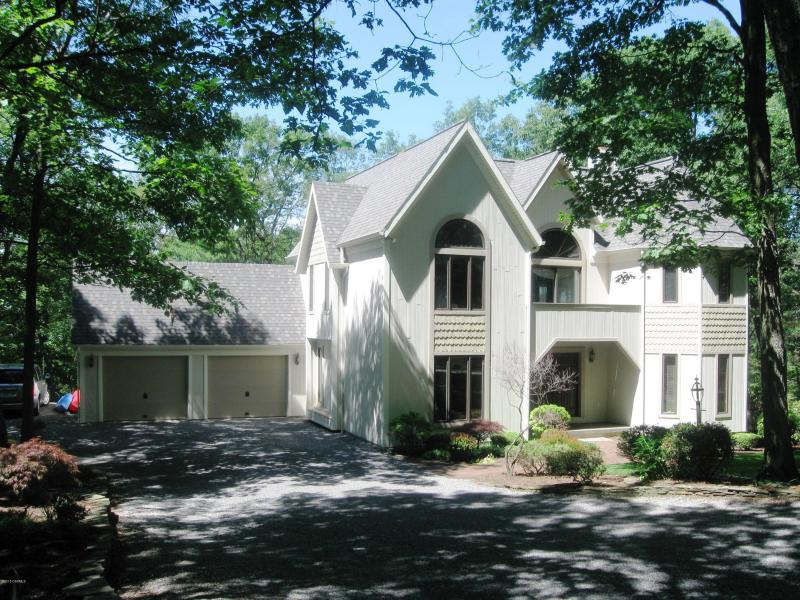 553 Fox Ridge Lane, Winfield, Pennsylvania 17889