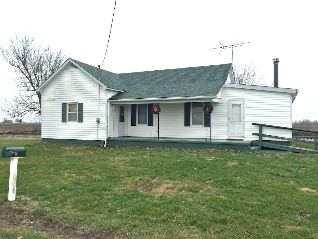 RR 601, Kane, Illinois 62054