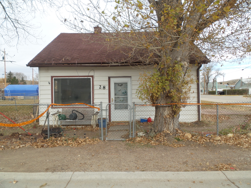 28 Frontier Street, Kemmerer, Wyoming 83101