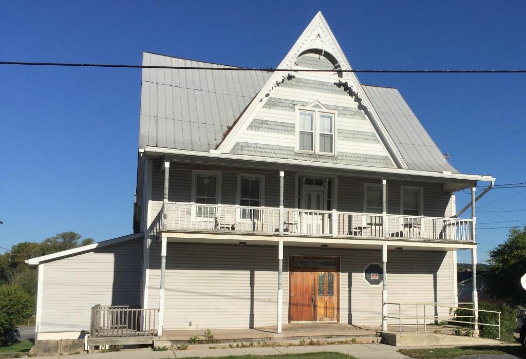229 Main Street, Manns Choice, Pennsylvania 15550