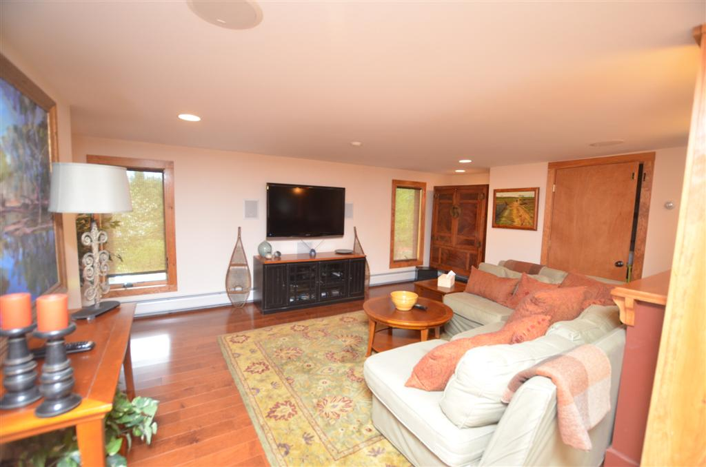 151 North Hill, Stowe, Vermont 05672