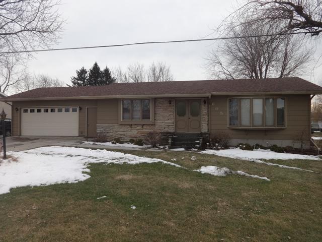 605 W. Santee St., Sublette, Illinois 61367