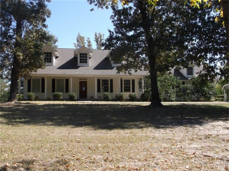 1387 Barretts Landing Rd. , Trinity, Texas 75862