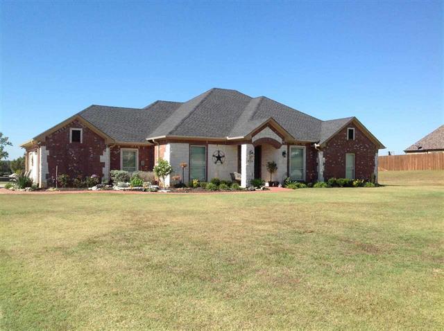 195 Clements Circle, Tatum, Texas 75691