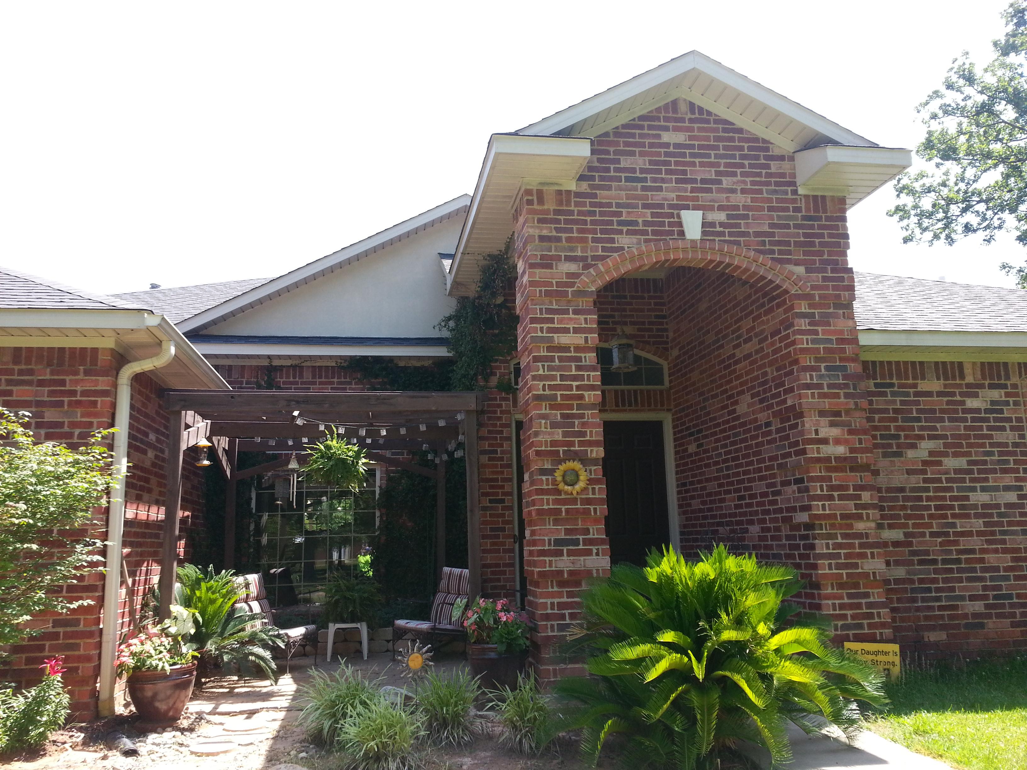 300 Andrews, Hooks, Texas 75561