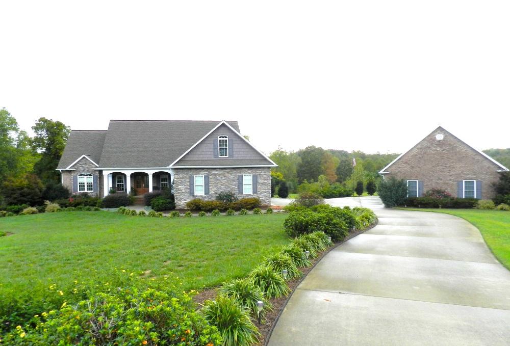 3131 Pinkie Ln, Newton, North Carolina 28658