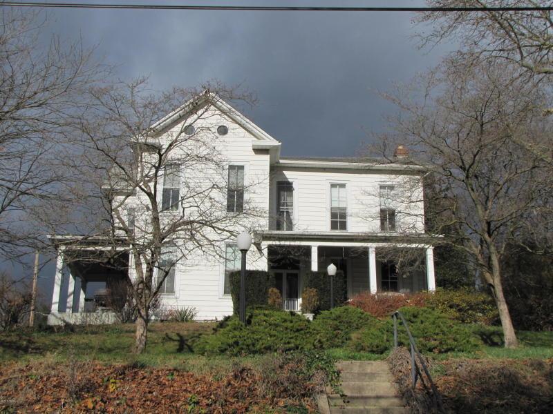 417 Broadway St. , Milton, Pennsylvania 17847