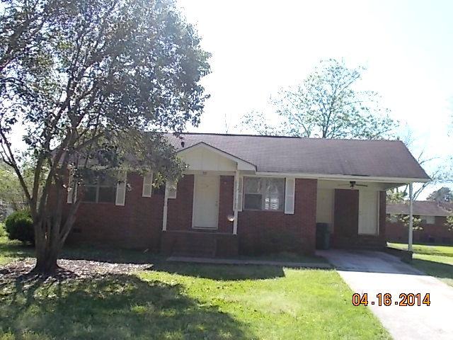 901 Wall St , Douglas, Georgia 31533